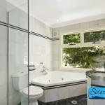 Bathroom-Rent-Mena