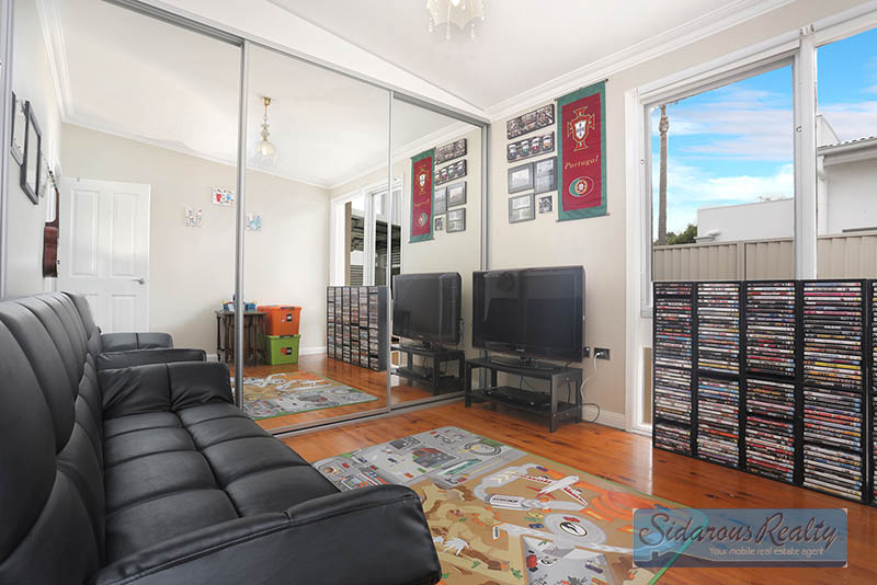 WebSite-13907_7 Adrian Place Greystanes1450206_175_423